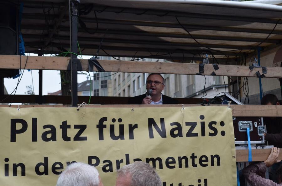 2015 09 12 demo gegen nazis 08